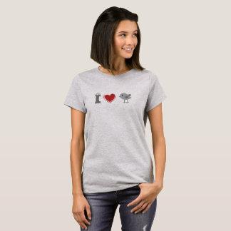 Iハートの鶏のTシャツ Tシャツ