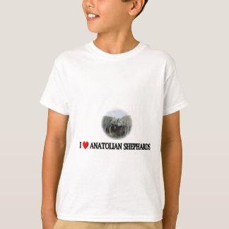 IハートのAnatolian羊飼い Tシャツ