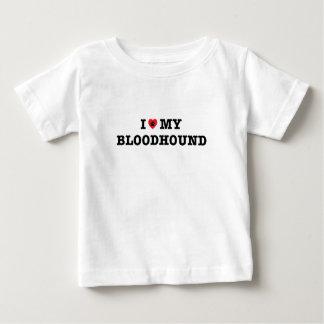 Iハート私のブラッドハウンドのベビーのTシャツ ベビーTシャツ