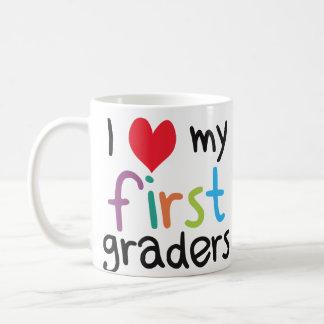 Iハート私の最初グレーダーの先生愛 コーヒーマグカップ