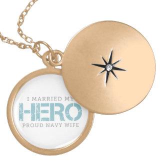 I結婚した私の英雄-船員の妻 ロケットネックレス
