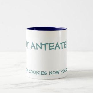 I蟻のアリクイ、今CHOCの破片のクッキーあなたの話すこと ツートーンマグカップ