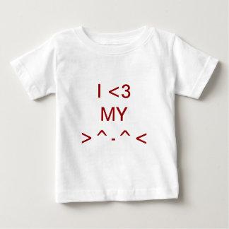 I <3  MY >^-^< I愛私のCAT ベビーTシャツ