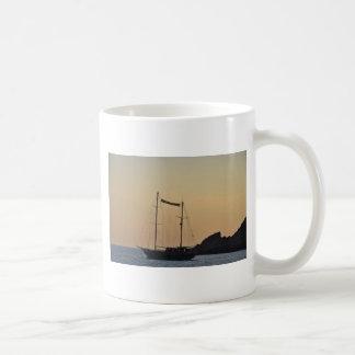 Ibizaの薄暗がり コーヒーマグカップ