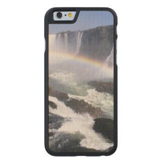Iguassuの滝、Paranaの国家、ブラジル。 空中写真 ケース