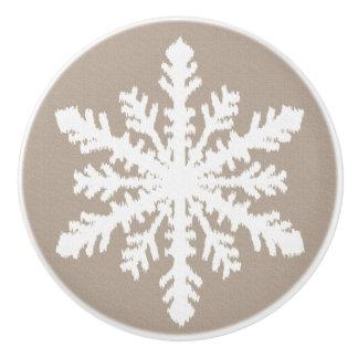 Ikatの雪片-暗灰色の日焼けおよび白 セラミックノブ