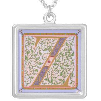 Illuminataの*Z*のモノグラムのな銀めっきのネックレス シルバープレートネックレス