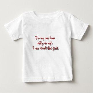 Im私の自身のボス不自然なことに私は立場を傾けます急に動かす ベビーTシャツ