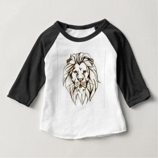 IMG_7779.PNGはライオンのデザインに勇敢に立ち向かいます ベビーTシャツ