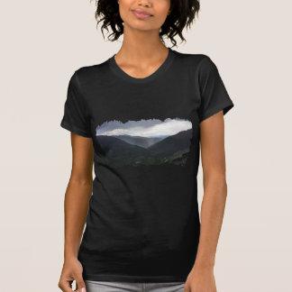 Imogeneのパスの谷雨 Tシャツ