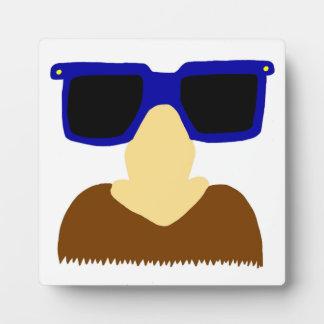 Incognito髭及びガラスのプラク フォトプラーク
