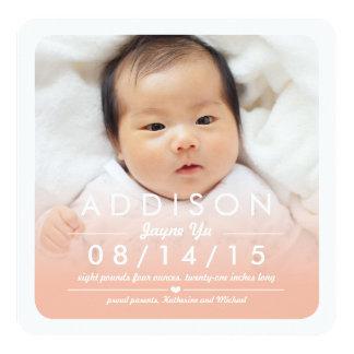 Instagramの正方形の女の赤ちゃんの誕生の発表 カード