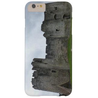 iPhoneの6/6sケースのChepstowの城ウェールズ Barely There iPhone 6 Plus ケース
