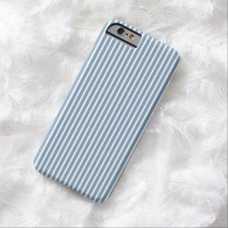 iPhone6ケース-薄暗がりの青の傾向を縞で飾ります Barely There iPhone 6 ケース