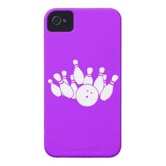 iPhone 4のボーリングをするシルエットの紫色 Case-Mate iPhone 4 ケース