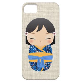iPhone 5の場合- Kokeshiの人形のマスタードおよび青 iPhone SE/5/5s ケース
