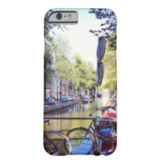 iPhone 6のアムステルダムの例 Barely There iPhone 6 ケース