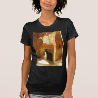 Ishakのパシャ宮殿の暖炉 Tシャツ