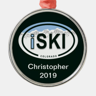 """iSKI""""の楕円形のコロラド州の名前入りなスキー""""オーナメント メタルオーナメント"""