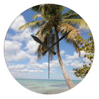 Isla Saona -ビーチのヤシの木 ラージ壁時計