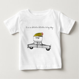 It is in between between every day. ベビーTシャツ