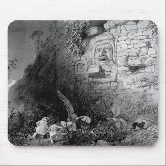 Itzam Na、Izamal、Yucatan、メキシコ1844年の頭部 マウスパッド