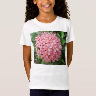 Ixoraのピンクの園芸植物 Tシャツ