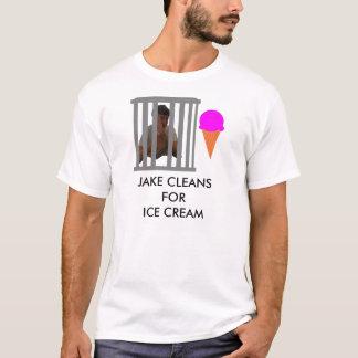 Jakeはアイスクリームのためにきれいになります Tシャツ