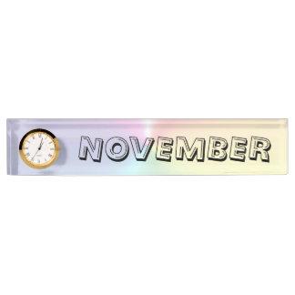 Janz著11月のきらめくの机のかたっという音のネームプレート