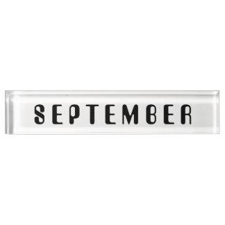 Janz著9月の机用ネームプレートの月