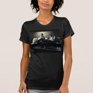 Jennマーティン(ボタン及びタイ)の女性ワイシャツ Tシャツ