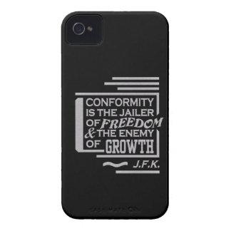 JFKの一致の引用文のiPhone 4の穹窖は、カスタマイズ Case-Mate iPhone 4 ケース