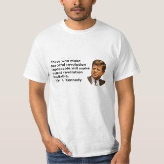 JFKの改革の引用文 Tシャツ
