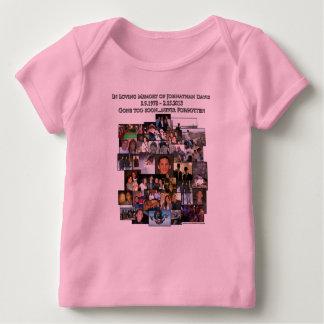 Johnathanを記念して ベビーTシャツ