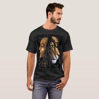 JudahのTSのエディーMonte Zootedボブ及びライオン著 Tシャツ