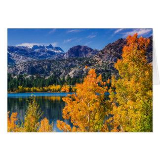 june湖、カリフォルニアのまわりの秋 カード