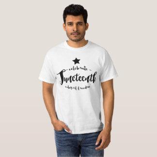 Juneteenthを祝って下さい Tシャツ