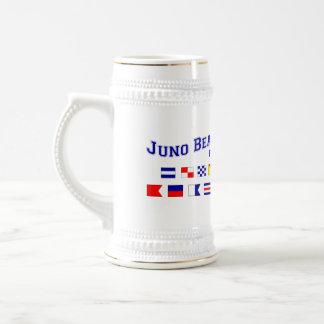 Junoのビーチ、FL -航海のな旗のスペリング ビールジョッキ