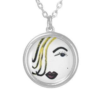 jzebraaによる極度のモデル円形の吊り下げ式のネックレスの芸術 シルバープレートネックレス