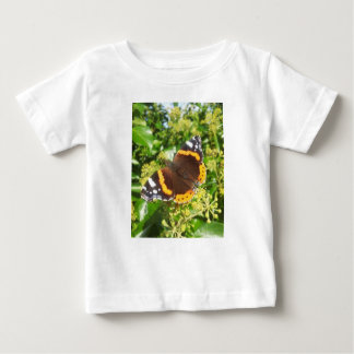 KABFAのデザインによる群葉を持つ孔雀蝶 ベビーTシャツ