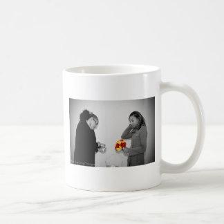Kara及びKaraの結婚式のマグ コーヒーマグカップ