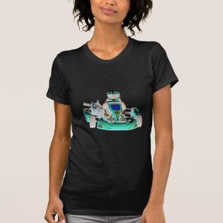 Kartのレーサーによって逆にされる色は行きます Tシャツ