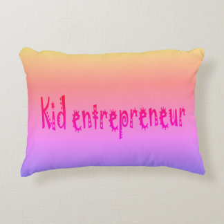kawwiおよび黒い子供の起業家の枕 アクセントクッション