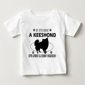 KEESHOND犬のデザイン ベビーTシャツ