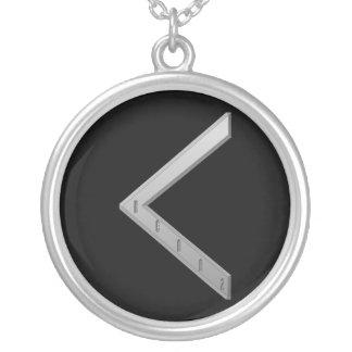 KenazのRuneの灰色 シルバープレートネックレス