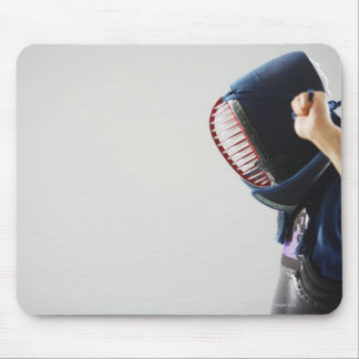 KendoのFencerの留め具のマスク マウスパッド