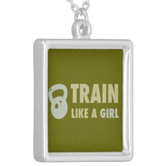 Kettlebellの女の子のような列車 シルバープレートネックレス
