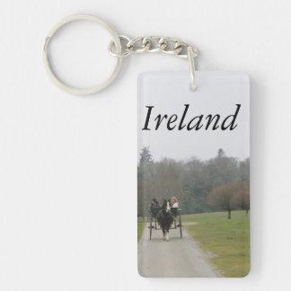 Killarneyアイルランドのアイルランドの軽快な車の乗車 キーホルダー
