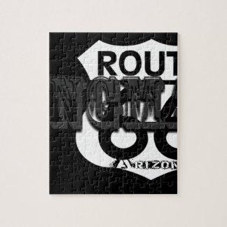 Kingmanアリゾナの黒い灰色のルート66 ジグソーパズル