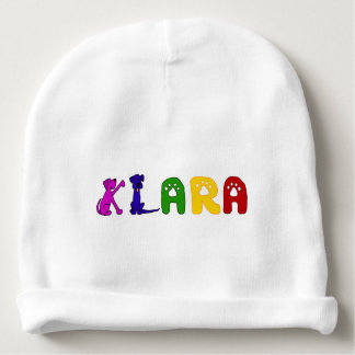 Klaraの名前のかわいい赤ん坊の帽子 ベビービーニー